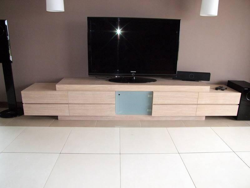 Szafka RTV pod telewizor na wymiar